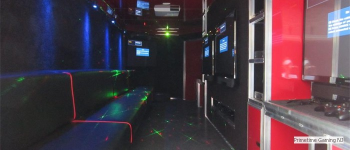 Stadium Seating, Laser Lights & room for a crowd!