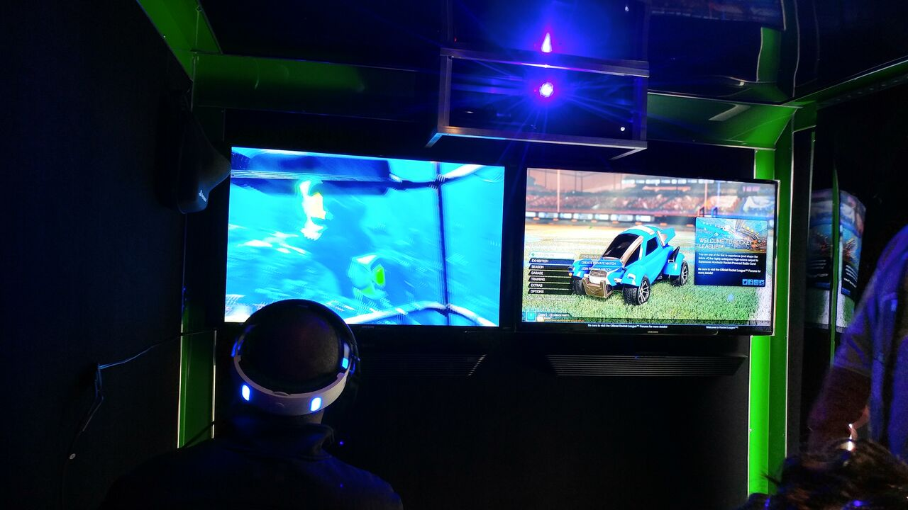 Virtual Reality Gaming in the Primetime Gaming video game truck!